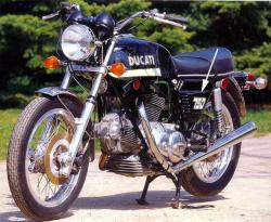 Sticker: 1972-3 750GT Sidecover '750' w/outline